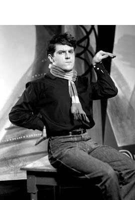 Anthony Newley Profile Photo