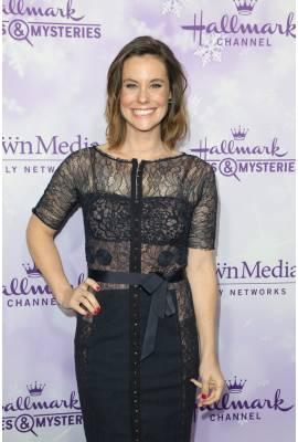 Ashley Williams Profile Photo