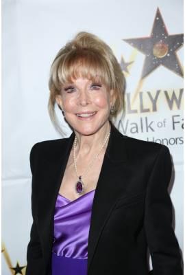 Barbara Eden Profile Photo