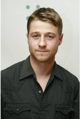 Benjamin McKenzie Profile Photo