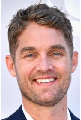 Brett Young Profile Photo