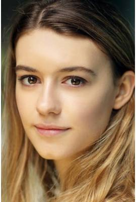 Daisy Edgar-Jones Profile Photo