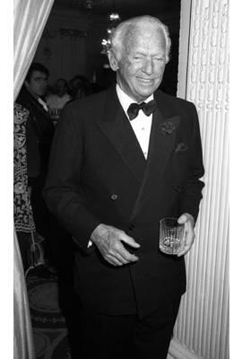 Douglas Fairbanks, Jr Profile Photo