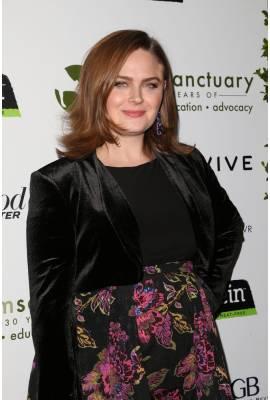 Emily Deschanel Profile Photo