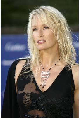 Estelle Lefebure Profile Photo