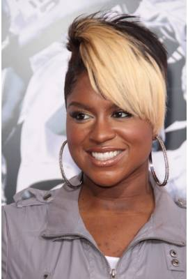 Ester Dean Profile Photo
