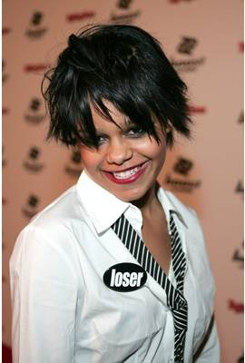 Fefe Dobson Profile Photo