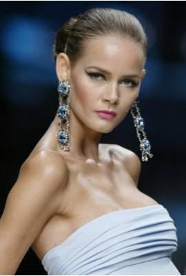 Flavia de Oliveira Profile Photo