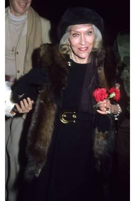 Gloria Swanson Profile Photo