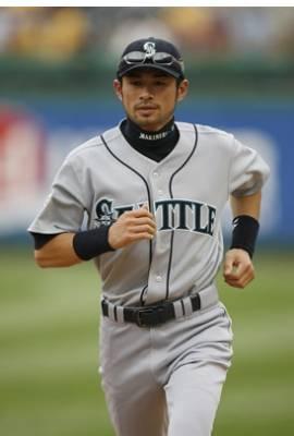Ichiro Suzuki Profile Photo