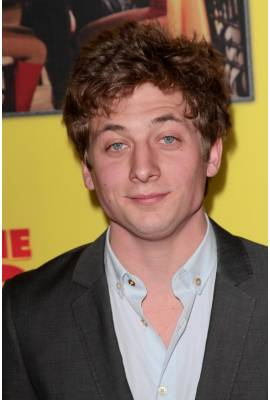 Jeremy Allen White Profile Photo