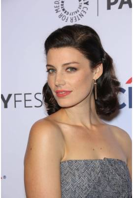 Jessica Pare Profile Photo