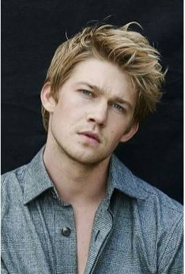 Joe Alwyn Profile Photo