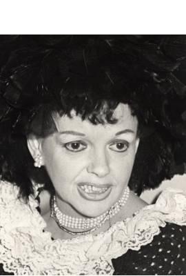 Judy Garland Profile Photo