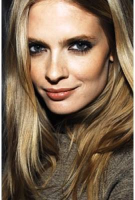 Julia Stegner Profile Photo