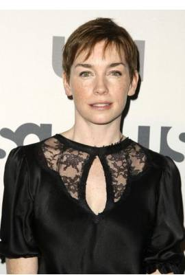 Julianne Nicholson Profile Photo