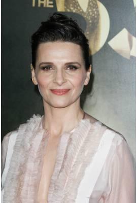 Juliette Binoche Profile Photo