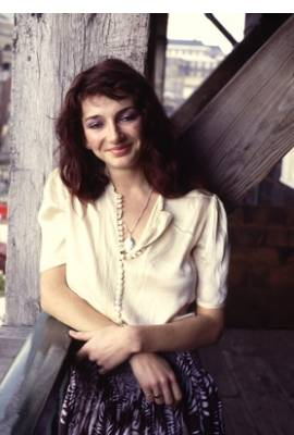 Kate Bush Profile Photo