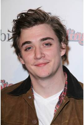 Kyle Gallner Profile Photo