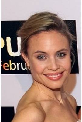 Leah Pipes Profile Photo