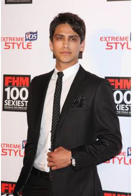 Luke Pasqualino Profile Photo