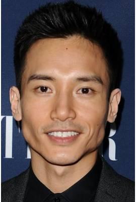 Manny Jacinto Profile Photo
