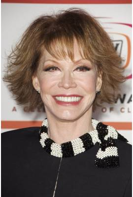 Mary Tyler Moore Profile Photo