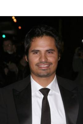 Michael Pena Profile Photo