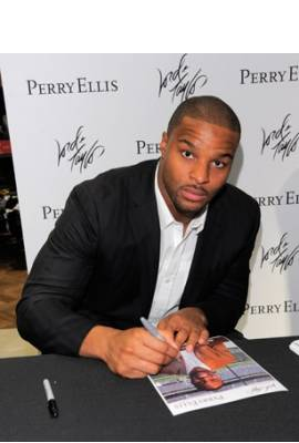 Osi Umenyiora Profile Photo