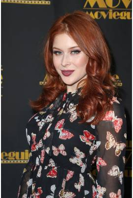 Renee Olstead Profile Photo
