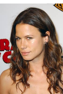 Rhona Mitra Profile Photo