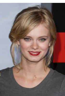 Sara Paxton Profile Photo