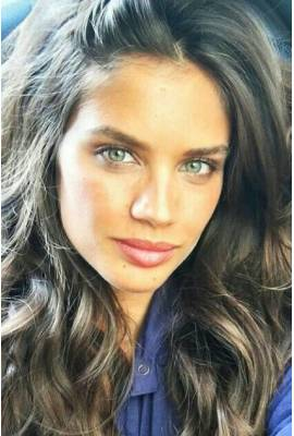 Sara Sampaio  Profile Photo