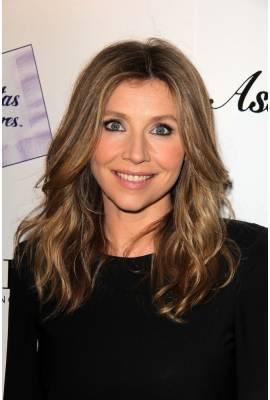 Sarah Chalke Profile Photo