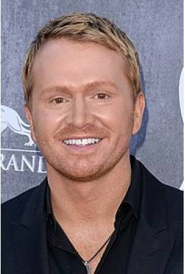 Shane McAnally Profile Photo