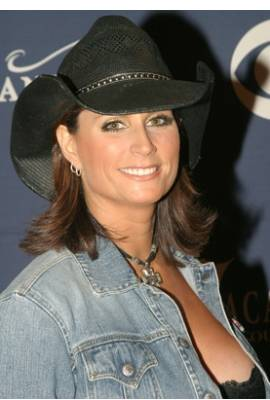 Terri Clark Profile Photo