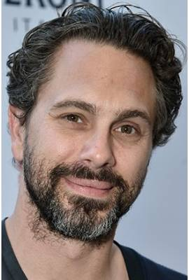 Thomas Sadoski Profile Photo