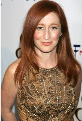 Vicki Lewis Profile Photo