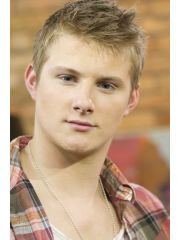 Alexander Ludwig Profile Photo