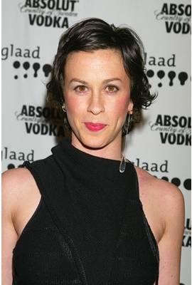 Alanis Morissette Profile Photo