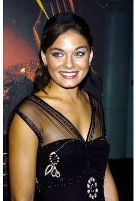 Alexa Davalos Profile Photo