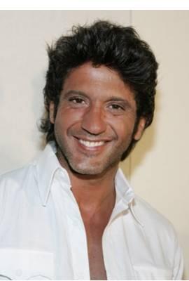 Bobby Larios