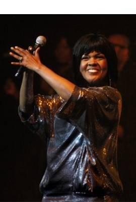 CeCe Winans Profile Photo