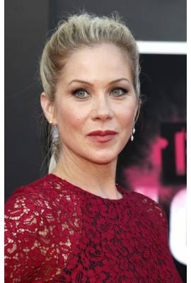 Christina Applegate Profile Photo