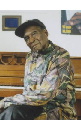 David 'Honeyboy' Edwards Profile Photo