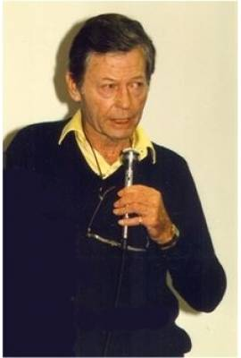 DeForest Kelley Profile Photo