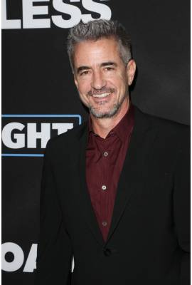 Dermot Mulroney Profile Photo
