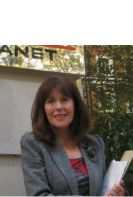 Elisabeth Sladen Profile Photo