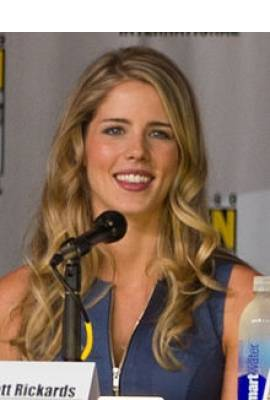 Emily Bett Rickards Profile Photo