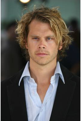 Eric Christian Olsen Profile Photo
